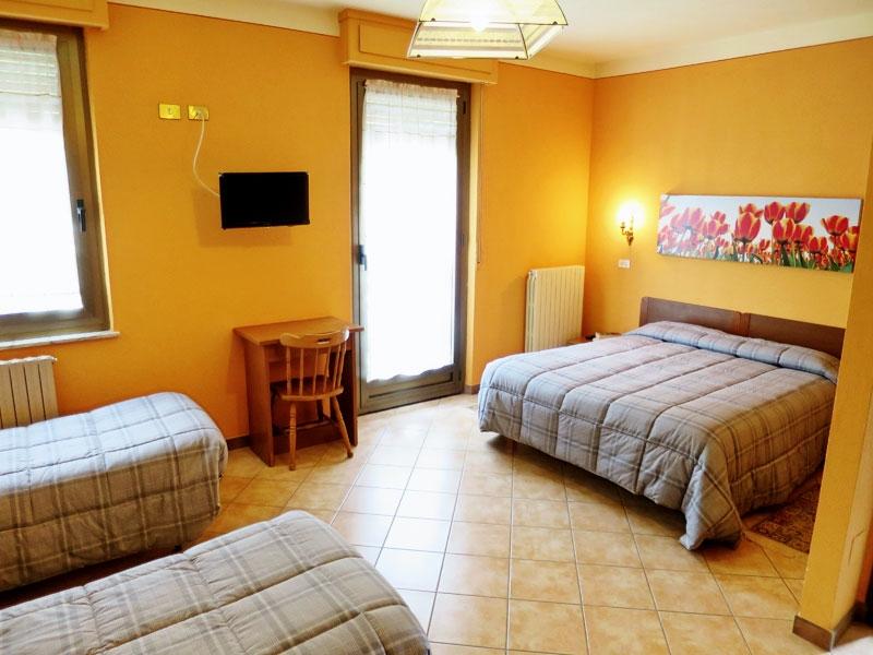 Ampia camera ideale per 4 persone